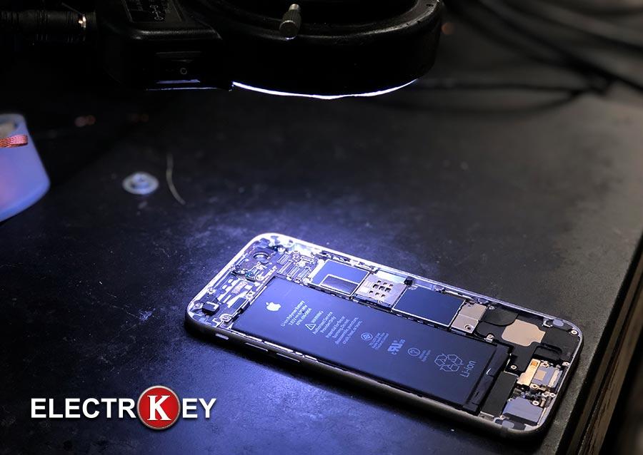 Reparación del iPhone 6 con el microscopio electrónico