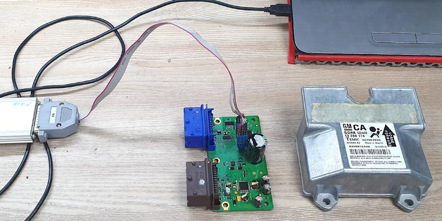 Conexión de la unidad de airbag al interfaz de restauración de Electrokey